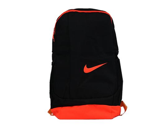 حقيبة نايك المدرسية