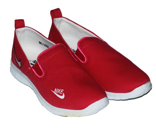 أحذية نايك | للنساء | فوشيا | بينك